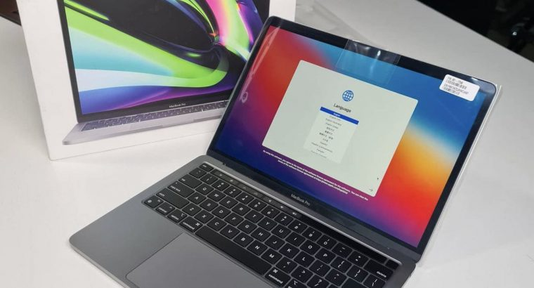 If I had money now l'll be the first to get this deal – #weekendDeal – #Luckyone – Apple MacBook Pro 13- inch – M1 Chip – 256gb ssd – 8gb ram – #Spotless with Box – and warranty XXXS0LD